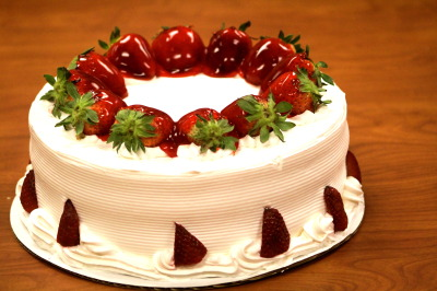 A beautiful and in indeed delicious cake.